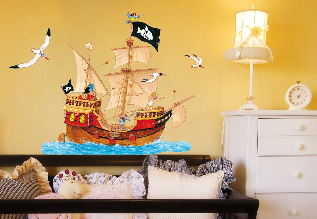 wandtattoo capt n sharky piratenschiff im meer. Black Bedroom Furniture Sets. Home Design Ideas